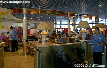 dining on board the oosterdam cruise ship