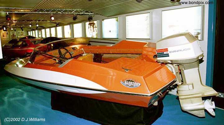 Bond Boats In Beaulieu